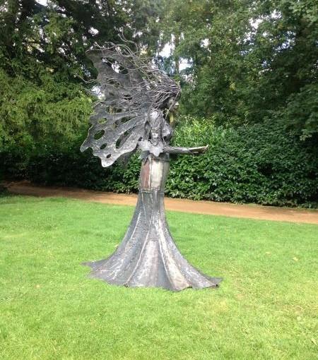 Local Sculptor Creates Stunning New Garden Art