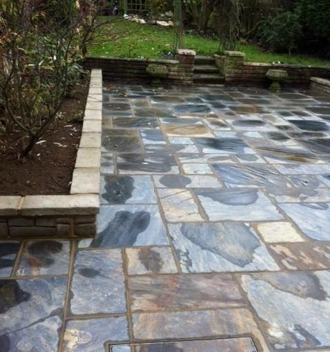A New Terrace for a Suburban Garden in Ongar